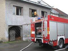 Požár domu v Losertově ulici v Lipníku