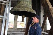 V Dřevohosticích opravují zvonici ze 16. století – veřejnosti by se poprvé mohla otevřít na konci roku.