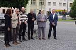Lipnické historické náměstí budou zdobit až do září plastiky světoznámého sochaře Kitzbergera.