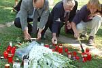 Vzpomínková akce v Radvanicích u příležitosti 50. výročí tragické události, při níž blesk usmrtil šest dětí