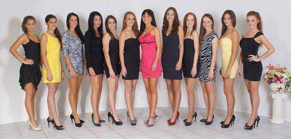 Finálová dvanáctka dívek Miss Model vPřerově