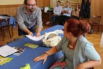 Jak říct podvodníkům ne – to se ve čtvrtek naučilo celkem 60 seniorů v Přerově.