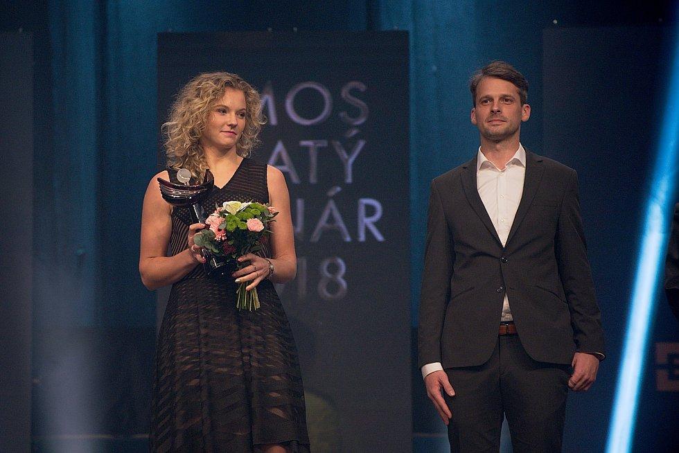 Kateřina Siniaková (vlevo). Galavečer k anketě Zlatý kanár 2018 v hale TJ Spartak Přerov.