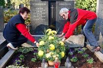 Na nápor návštěvníků se připravuje nastávající víkend městský hřbitov v Přerově. Jeho novou dominantou je zrekonstruovaná obřadní síň, ve které má vzniknout lapidárium.