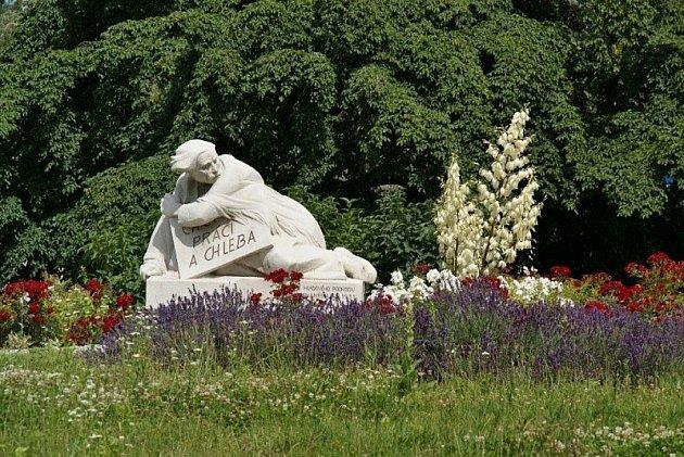 Bílá socha vKojetíně