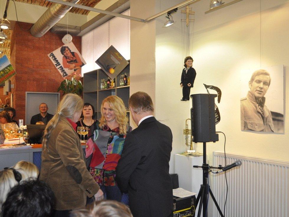 Vernisáž výstavy k nedožitým sedmdesátinám Pavla Nováka