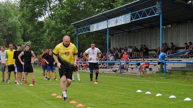 Trenér Vrba trénuje v Lobodicích. Ilustrační foto