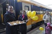 Představení soupravy Regiojet na přerovském nádraží v listopadu 2015 před zahájením pravidelného provozu
