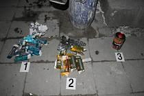 Přerovští kriminalisté rozbili síť výrobců pervitinu - důkazní materiály a záběry z odhalené varny