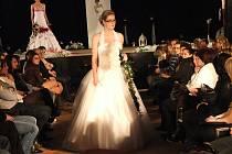 Součástí druhého ročníku akce s názvem Svatba nanečisto byla módní přehlídka, která se uskutečnila v sobotu odpoledne v přerovském klubu Teplo