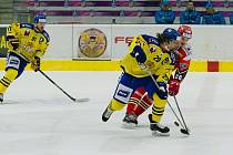 Premiéru v A-týmu Zubrů si v derby s Prostějovem odbyl Karel Plášek mladší (číslo 29)