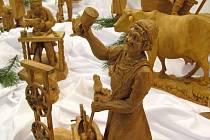 Velký figurální betlém sázavského řezbáře Bedřicha Zbořila je k vidění v prostorách Muzea Komenského v Přerově