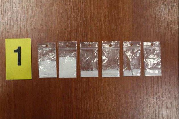 Důkazní materiály z protidrogového zásahu