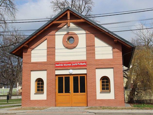 Rokytnice má nové hasičské muzeum