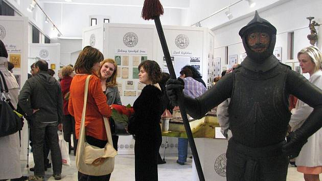 Město Lipník v proměnách staletí - k vidění v Galerii Konírna v Bratrské ulici v Lipníku nad Bečvou