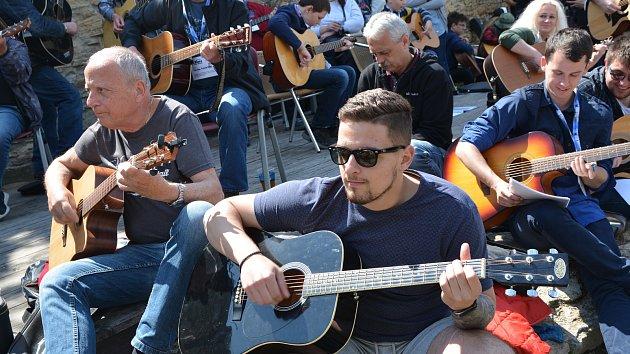 V Přerově padl kytarový rekord