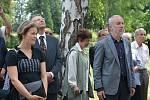Připomínka obětí masakru na Švédských šancích na městském hřbitově v Přerově