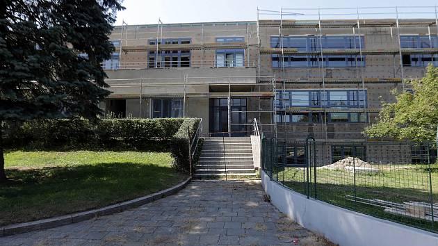 Prázdninová rekonstrukce gymnázia Jana Blahoslava v Přerově