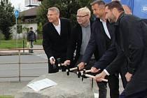 Poklepáním na základní kámen začala v Přerově dlouho očekávaná stavba průtahu městem. 29. září 2020