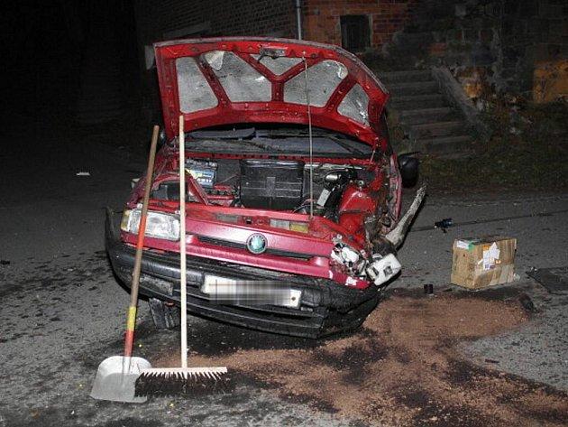 Takto dopadl zloděj, který vPotštátu ovíkendu ukradl auto