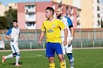 Fotbalisté Přerova (v bílém) proti FK Šumperk.