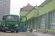 Základní škola Trávník v Přerově má po zateplení zelenou fasádu