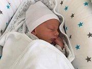 Jáchym Kopeček, Přerov, narozen dne 25. srpna v Přerově, míra 48 cm, váha 2452 g