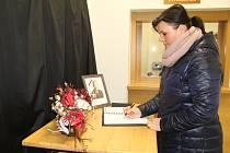 Kondolence k uctění památky bývalého primátora města Vladimíra Puchalského, který ve čtvrtek nečekaně zemřel.