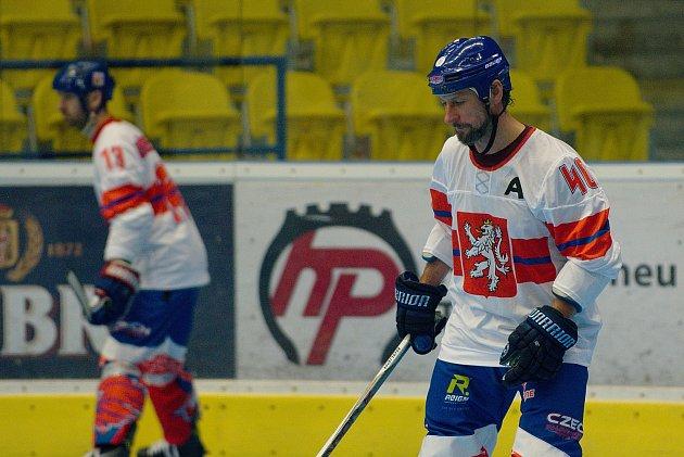 Inline hokejisté České republiky proti Austrálii na MS v inline hokeji kategorie Masters v Přerově.