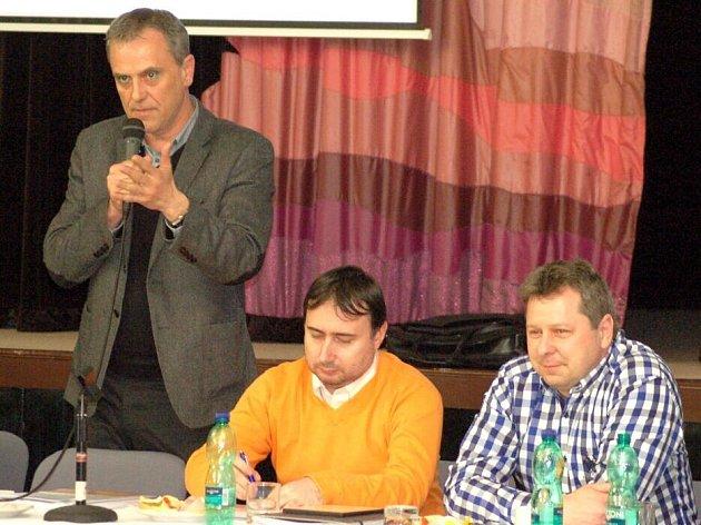 Debata o spalovně v přerovském klubu Teplo