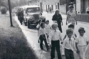 Rok 1981: oslavy 50. výročí založení Sboru dobrovolných hasičů.