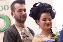Student oboru kadeřník Pavel Provazník z Přerova má jistý postup do celorepublikového finále juniorské soutěže World of Beauty, která se uskuteční v březnu v Praze