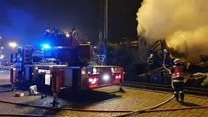 Požár budovy v Tovární ulici v Přerově, 15. října 2021