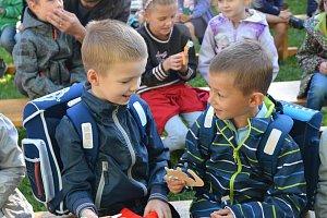 První školní den na ZŠ Trávník a ZŠ Svisle