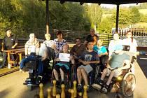 Vozíčkáři z Alfa handicap Přerov navštívili středověkou říši v Hodoníně u Kunštátu.