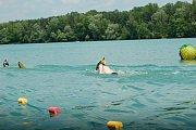 Ploutvoví plavci v sobotu rozčeřili vody Tovačovských jezer v rámci Českého poháru v DPP.