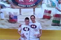 Capoeira bojovníci Filip Rozkošný a Miroslav Grohman