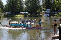 Přerovský festival amatérských posádek dračí lodí