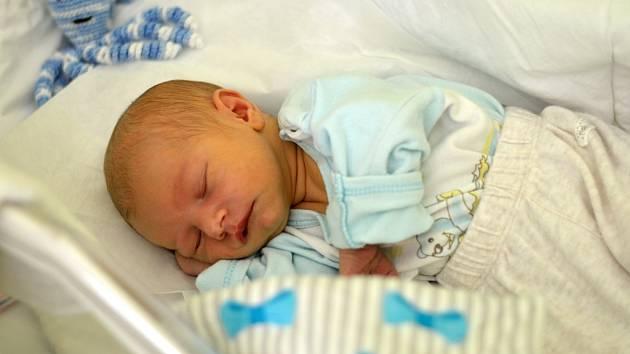 Davídek Hlavík, Stará Ves, narozený dne 26. září v Přerově, míra: 50 cm, váha: 3364 g