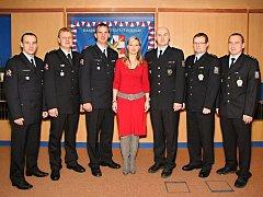 Celkem sedm policistů z Přerovska, z toho jedna žena, dostalo v pátek 6. ledna ocenění za svou práci v roce 2011