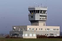 Řídící věž na přerovském letišti