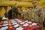 Příslušníci přerovské vrtulníkové základny dostali v Městském domě ocenění za misi v Afganistánu