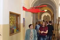 Den otevřených dveří v prostorách školy v Komenského ulici zahálil velkolepé oslavy sto čtyřicátého výročí založení prestižního Gymnázia Jakuba Škody v Přerově.