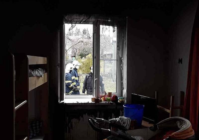 Azylový dům ve Slavíči muselo kvůli požáru opustit třiadvacet lidí