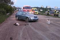Nehoda fabie na staveništi silnice za železničním podjezdem z Přerova do Olomouce