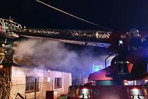 Požár rodinného domu s garáží v Želatovicích