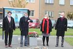 Uctění památky válečných veteránů na náměstí Františka Rasche v Přerově. 11.11. 2020 v 11 hodin a 11 minut