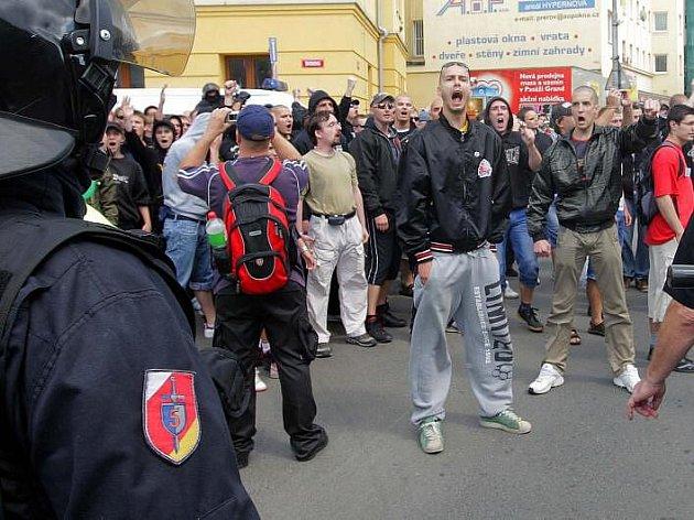 Pochod příznivců DSSS Přerovem. 25. června 2011
