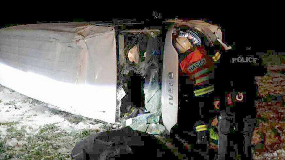 Tragická nehoda dodávky u Horní Moštěnice