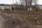 Škodova ulice v Přerově, ve které bylo kdysi vyhlášené romské ghetto, na jaře zazelená - čeká ji náhradní výsadba.